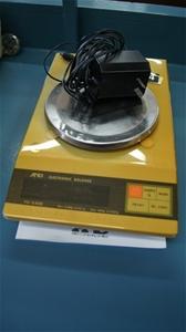 ترازو FX 3200 قدیمی